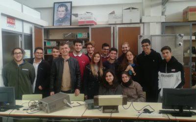Visita de alumnos de Bachillerato a los talleres de telecomunicaciones