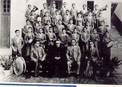 El Salesiano Coadjutor Don Edelmiro y su famosa Banda de Música.